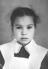 """«Какая красивая девочка, таким девочкам нужно быть артистками"""". В первом классе хореографического училища, 1974 год."""
