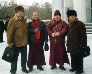 На праздновании Шагаа-2004 в Москве. 21 февраля 2004 г., ВВЦ