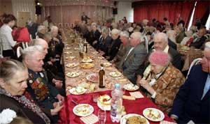 Во время приёма, данного мэрией Кызыла в ресторане «Эне-Сай».