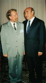 С президентом Киргизии Аскаром Акаевым. Бишкек, 2001 год.