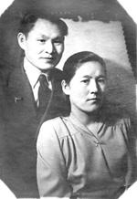 Алексей Баир со своей верной подругой – женой Евгенией Константиновной Конгаровой, г. Москва, 1943 год.