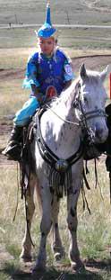 Сай-Суу Сат и её лошадь Сылдыс-Шокар.