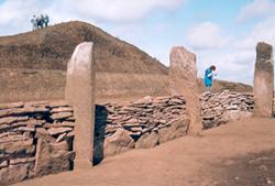 На раскопках скифского кургана в Хакасии. 2004 год.
