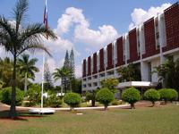 Посольство России в Бразилии расположено в очень живописном месте.