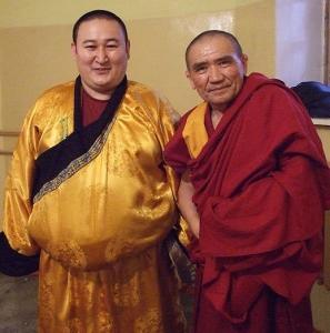 Экс-Камбы-лама Джамбел Лодой (слева) и новый Камбы-лама Республики Тыва Тензин Цултим
