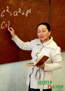 Валентина Донгутовна Саая, учитель математики