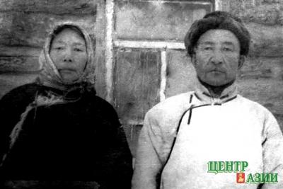 Бабушка Досумаа