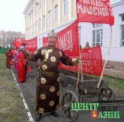 Красный обоз доехал до Москвы: Начын Шалык принимает награды