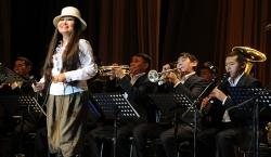 Банда тувинских джазистов  не продаёт Родину