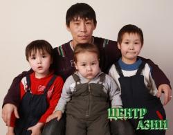 Эрес Леонидович Монгуш, папа трёх сыновей, 25 лет, житель Кызыла