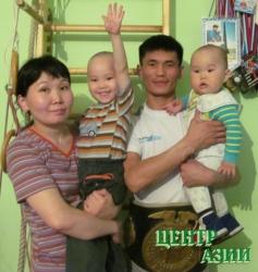 Чингис Анатольевич Салчак, папа двух сыновей, 28 лет, житель Кызыла