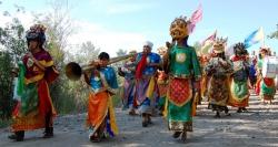 23 июля – торжественное открытие храма Устуу-Хурээ и четырнадцатого фестиваля живой музыки и веры «Устуу-Хурээ»