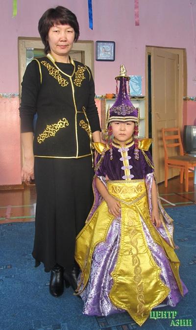 Фото тувинских национальных платьев