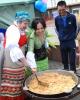 Киргизская диаспора в День России выставила казан плова