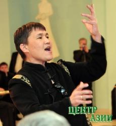 Аман Тулеев по примеру Шолбана Кара-оола решил создать свой губернаторский оркестр