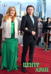 Тувинский актер Уран-оол Стал-оол за исполнение женской роли получил монгольского театрального «Оскара» – Святую музу