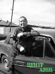 Борис Борисович Подгорный и его автомобиль. 2005 год.