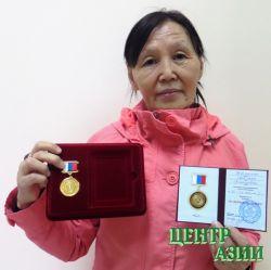 Тувинцы-тоджинцы признаны северным сокровищем, а Светлана Дёмкина удостоена медали «За верность Северу»