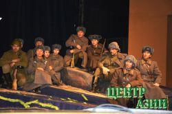 Спектакль «Журавли» Марины Идам и Салима Монгуша: почувствовать войну кожей