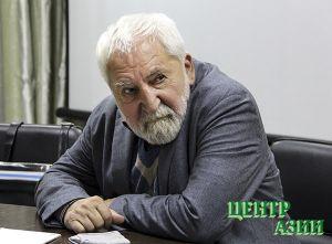Алексей Симонов. Черепаха не умеет ползти назад
