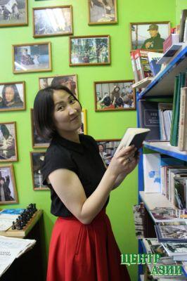 Надежда Антуфьева провела в библиотеке-музее Союза журналистов Тувы встречу редакторов районных газет.