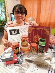 Дети войны Союза журналистов Тувы получили экологически чистые витаминные подарки с национальным колоритом